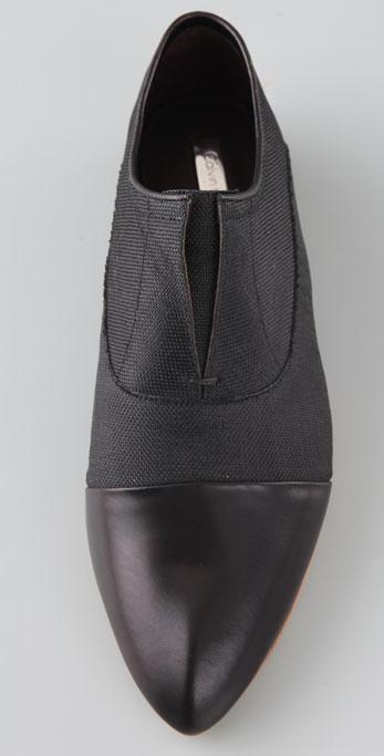 Calvin Klein Remi No Lace Flat Oxfords