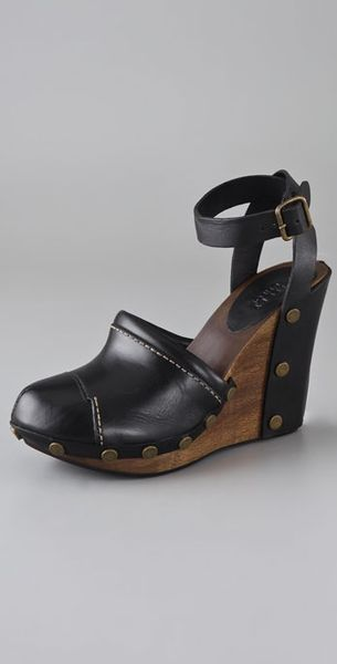 see by chlo 233 closed toe wedge sandals in black nero lyst