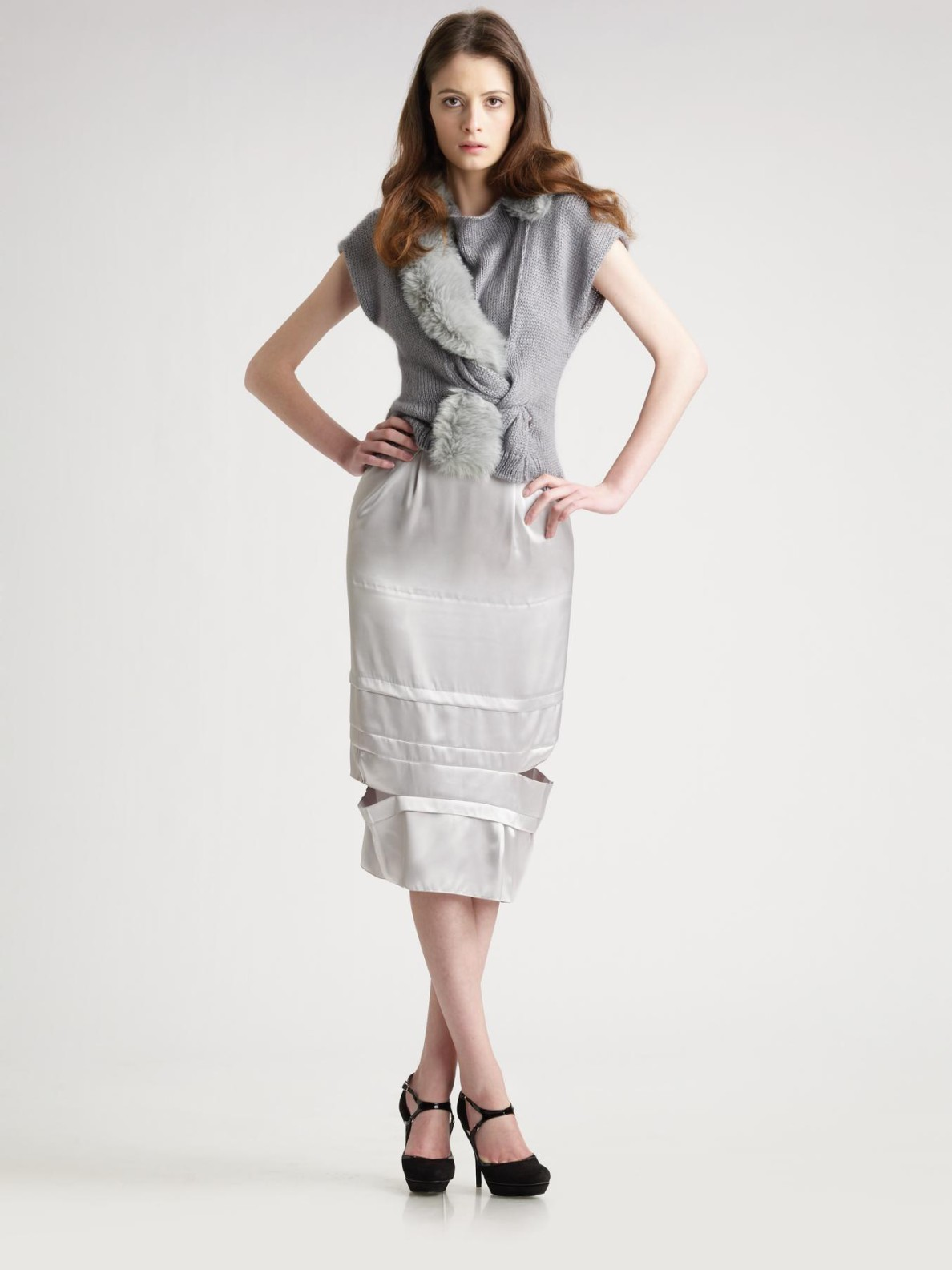 Nina ricci Satin Pencil Skirt in Gray | Lyst