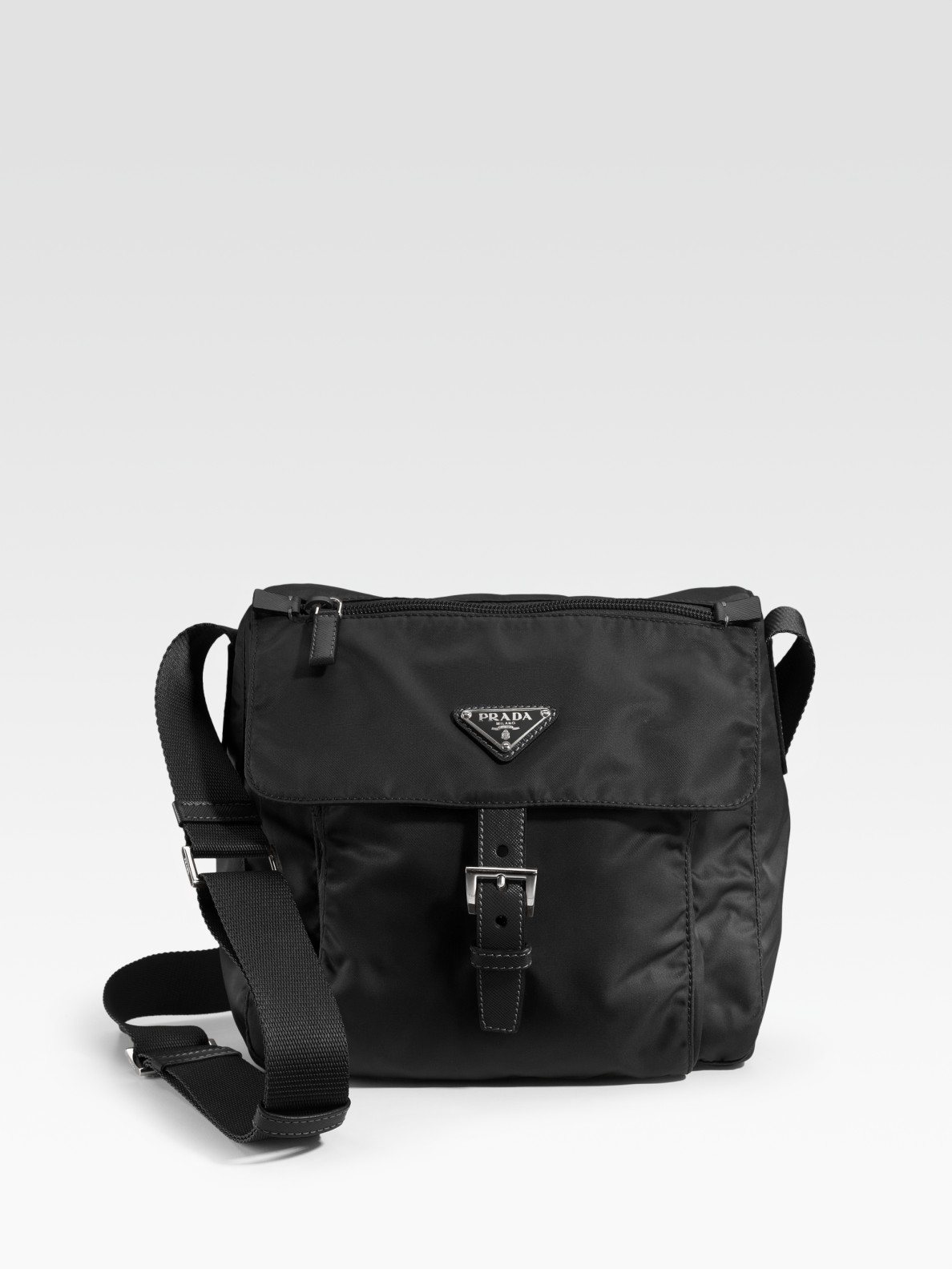 Nylon Messenger Bag Black 57