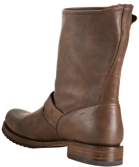 frye taupe leather shortie boots in brown taupe
