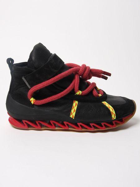 Footwear Bernhard Willhelm X Camper To er Hiking Trainers in Black