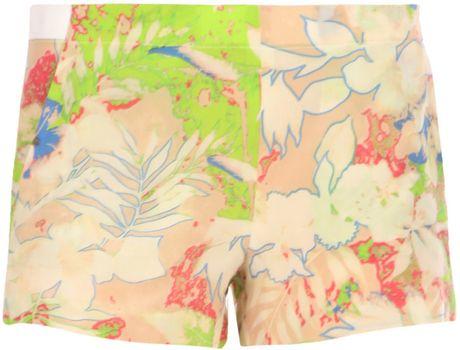 Vanessa Bruno Hawaiian Print Shorts in Multicolor (green)