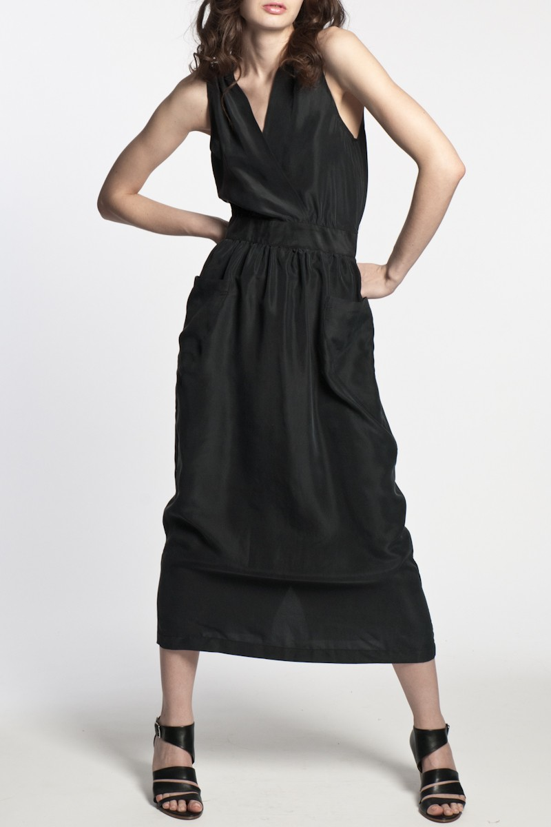 No 6 Buttoned V Back Dress In Black In Black Lyst