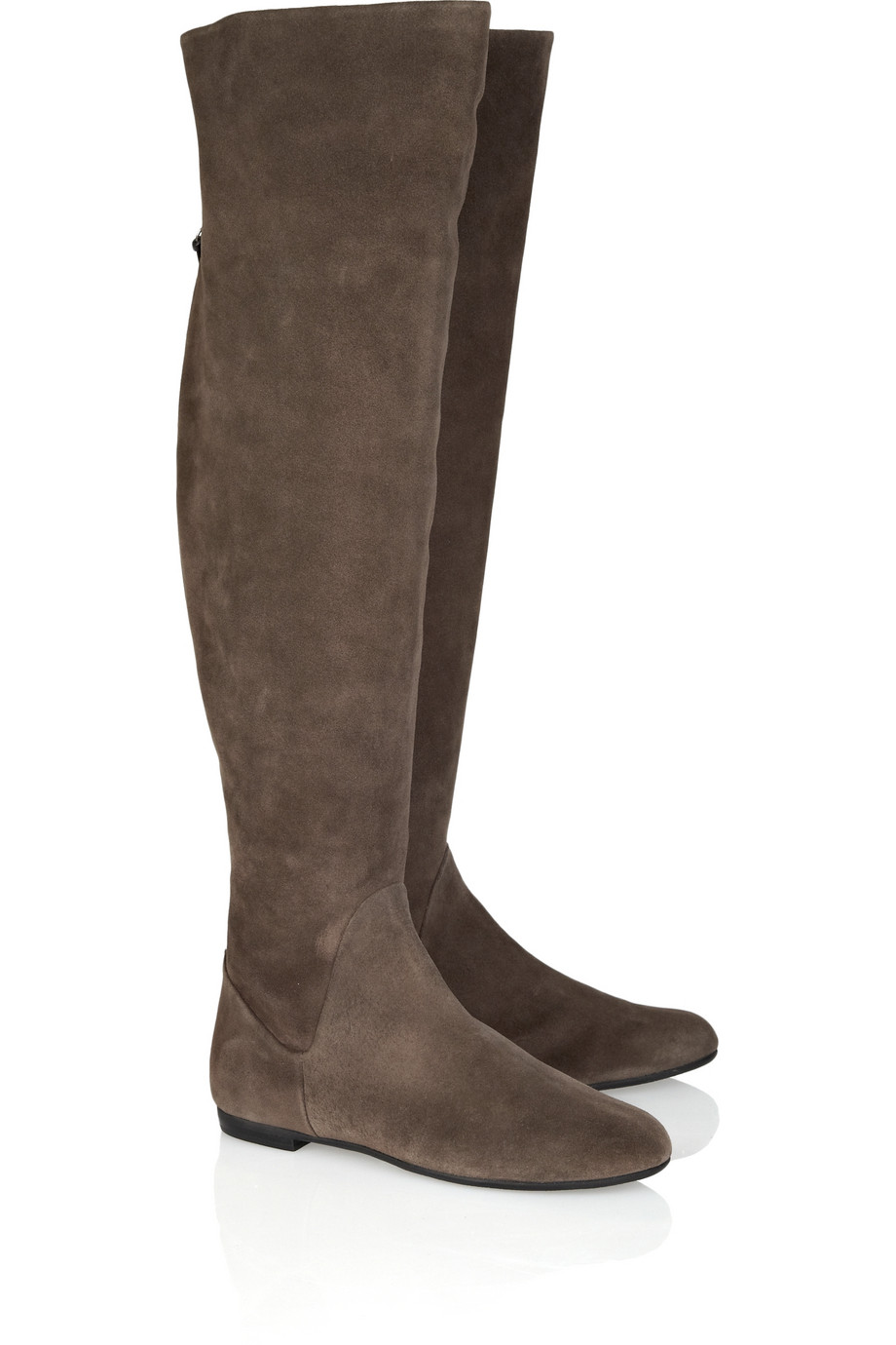 The boots are beautiful I love the look but I was hoping I could wear them over skinny jeans or even knitted jeggings but there is a weird line around the middle of .