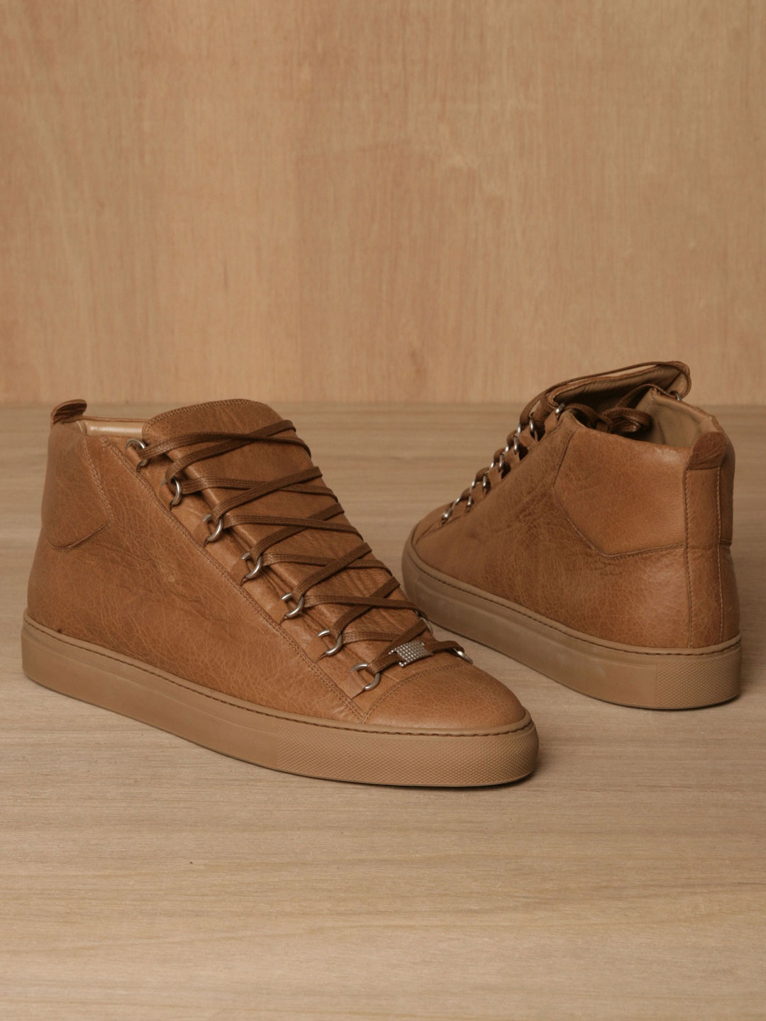 Where To Buy Born Shoes Cheap