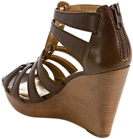 cynthia vincent chocolate leather jackson wedge sandals in