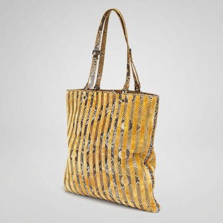 Bottega Veneta Resina Tope Velvet Python Bag in Gold (resina/tope)