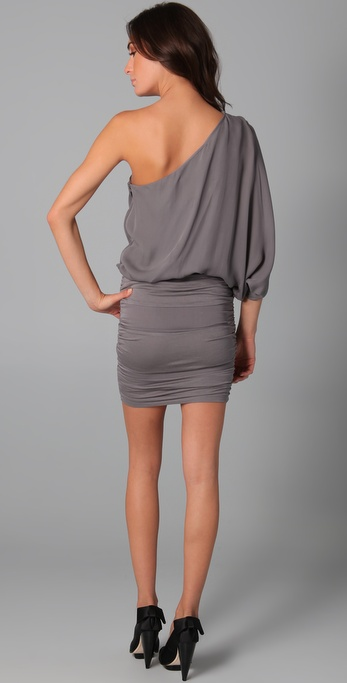 Lyst Alice Olivia One Shoulder Ruched Dress In Gray