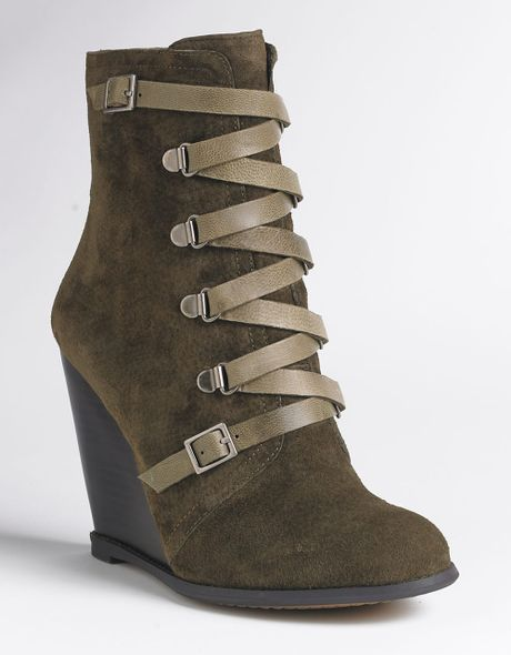 bcbgeneration kadeer wedge ankle boots in green green