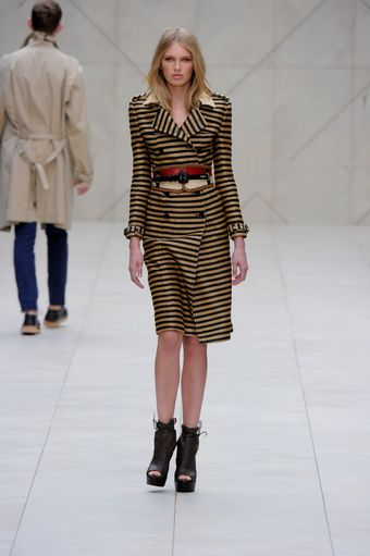 Burberry Prorsum Spring 2012 Black Leather Platform Boots - Lyst