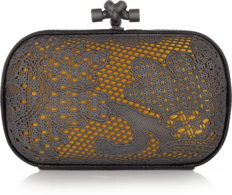 Bottega Veneta Lace-effect Metal and Snakeskin Knot Clutch in Gold - Lyst