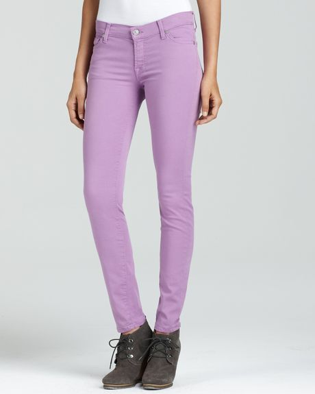 Purple light skinny jeans fotos