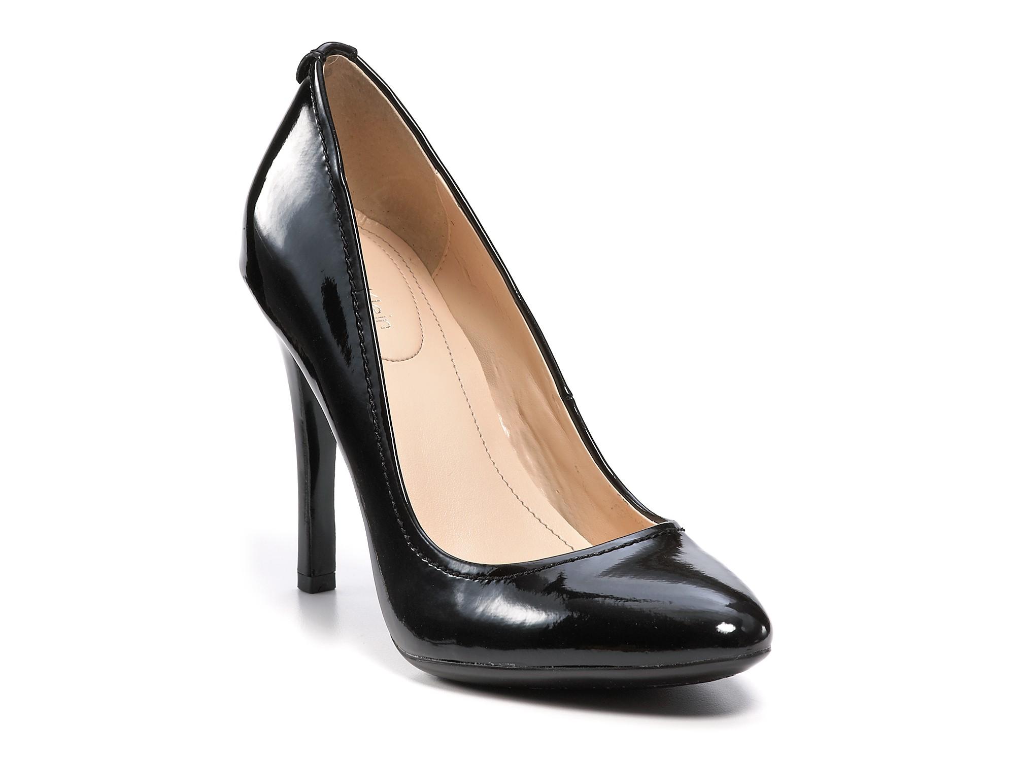 f1fe8943f98 Calvin Klein Black Whinnie Pumps