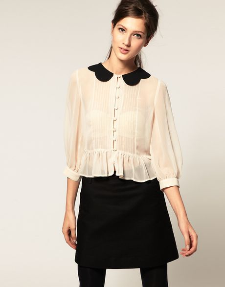 Asos Collection  Blouse with Contrast Scallop Collar in Beige (cream)