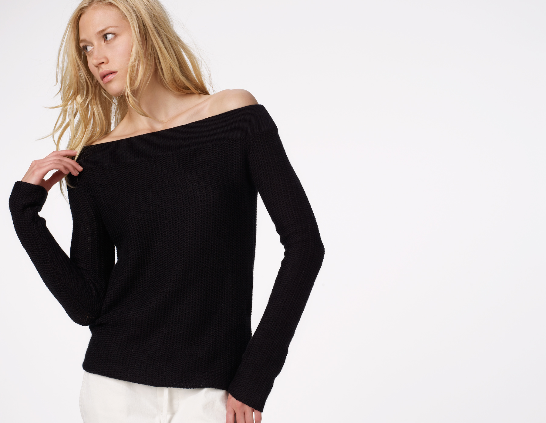 James perse Two Tone Off Shoulder Sweater in Black | Lyst