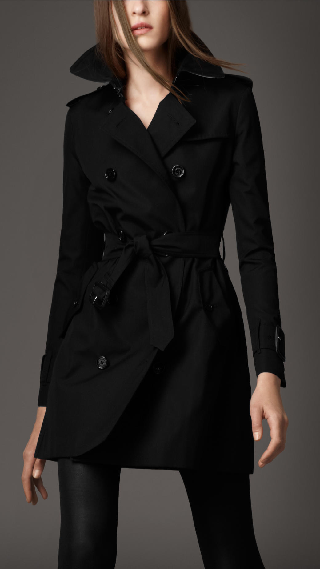 Burberry Short Trench Coat With Wide Cuffs in Black | Lyst