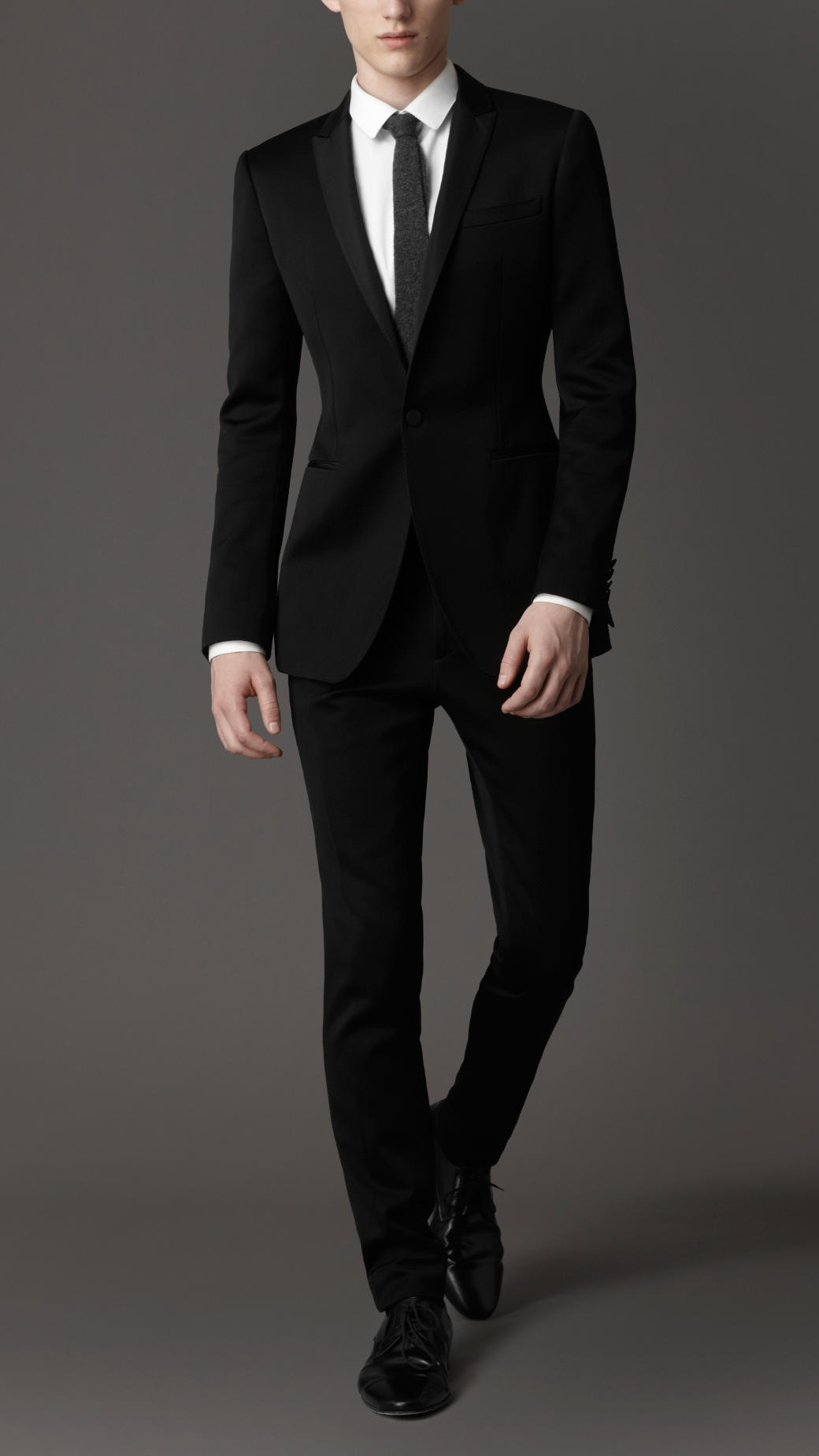 Burberry Slim Fit Suit in Black for Men | Lyst