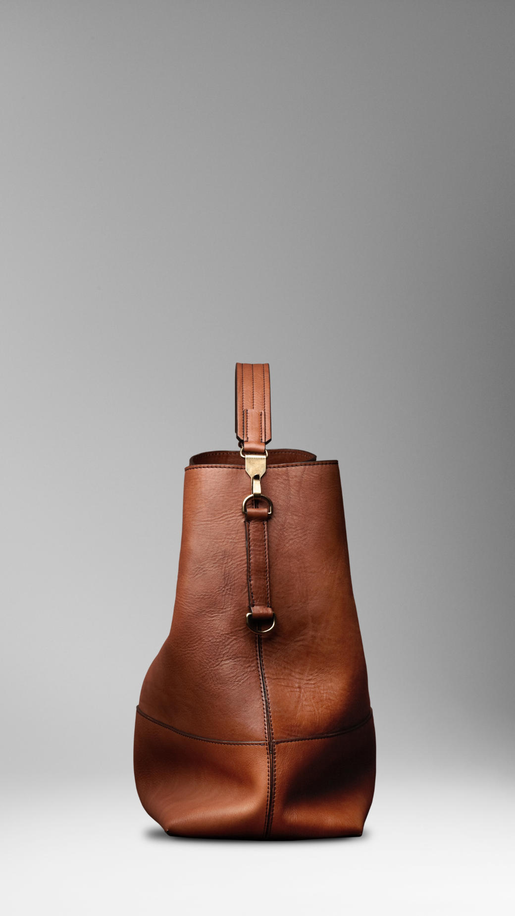 Burberry Large Washed Leather Duffle Bag In Brown For Men