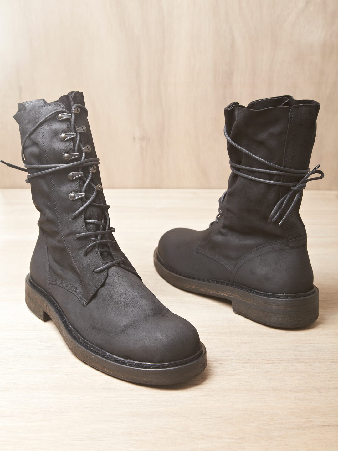 Ann Demeulemeester Mens Scamosciato Boots In Black For Men