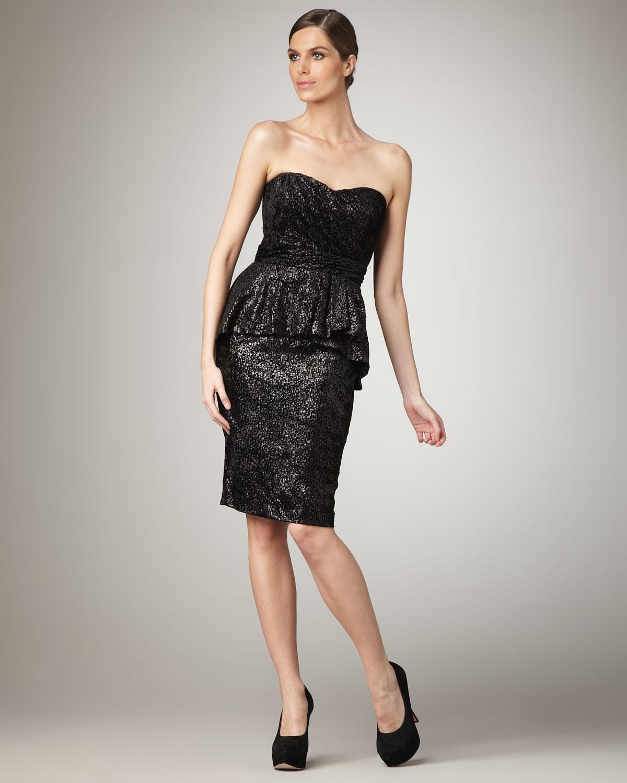 9b770134bf5 Badgley Mischka Strapless Peplum Cocktail Dress in Black - Lyst