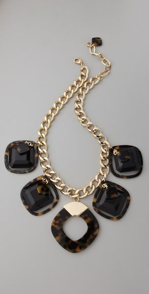 Tory Burch Resin Square Necklace in Gold