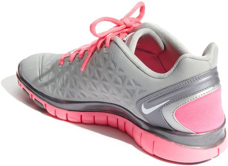 Nike Free TR Fit 2 Training Shoe in Pink (silver/ pink/ grey