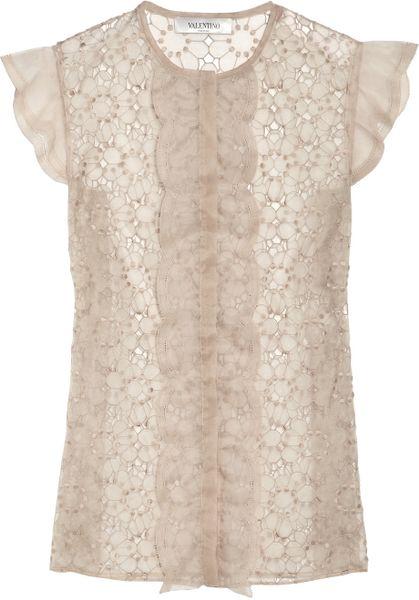 Еще совсем недавно считалось, что кружево. кружевные блузки, блузки из кружева, блузка с кружевным узором