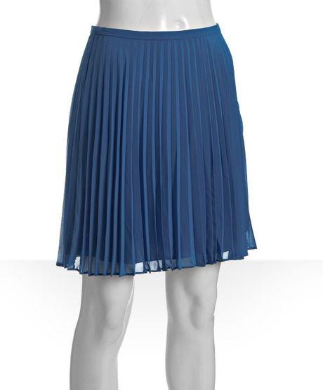 heritage royal blue pleated knee length skirt in