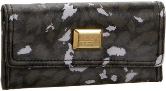 Marc By Marc Jacobs Animal Q Long Tri-fold Wallet - Lyst