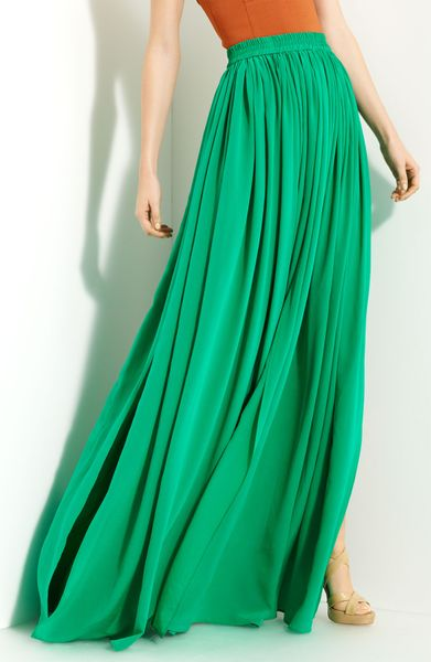 yigal azrou 235 l pleated silk crepe skirt in green island