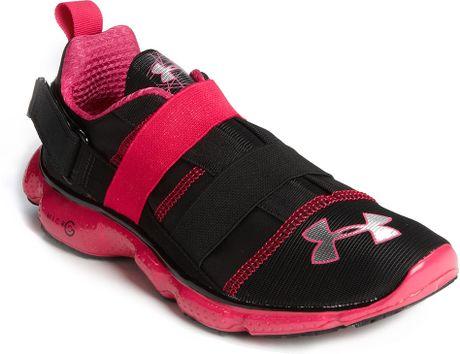 Under Armour Micro G^ Strut Training Shoe in Black (black/ elderberry
