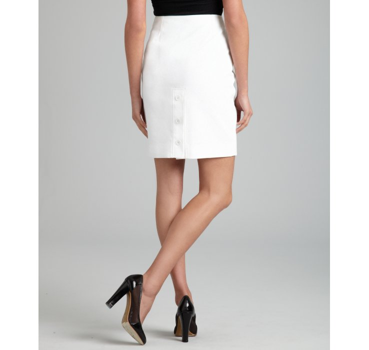 Hermès White Cotton Button Detail Pencil Skirt in White | Lyst