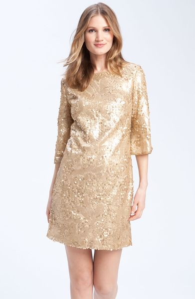 Donna Ricco Sequined Shift Dress in Beige (gold)