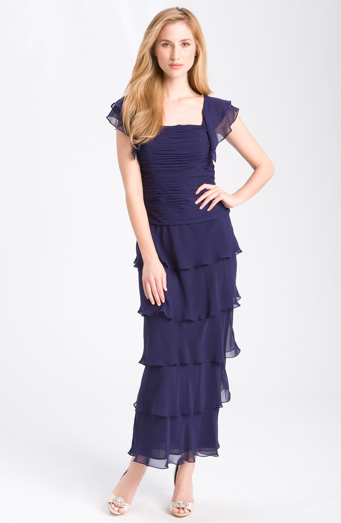Items of tiered evening dresses. Quick Shop. Pink Appliqued Solid Evening Tiered Sheath Half Sleeve Midi Dress. $ Quick Shop. Purple Tiered Crew Neck Long Sleeve A-line Chiffon Maxi Dress. $ $ Quick Shop. High Low Daytime Paneled Striped Tiered Midi Dress. $