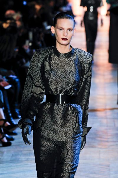 Yves Saint Laurent Fall 2012 Black Leather Gloves in Black - Lyst