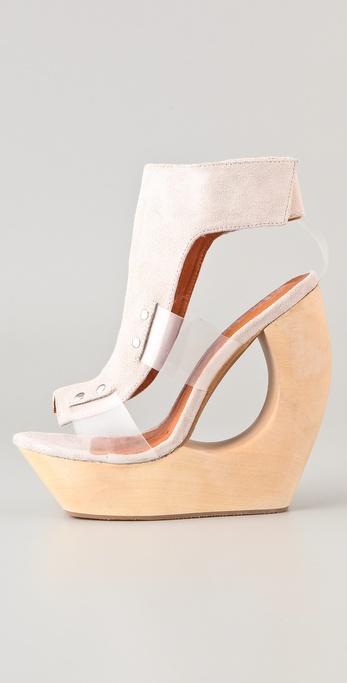 Jeffrey Campbell Roque Platform Sandals in Nude (Natural
