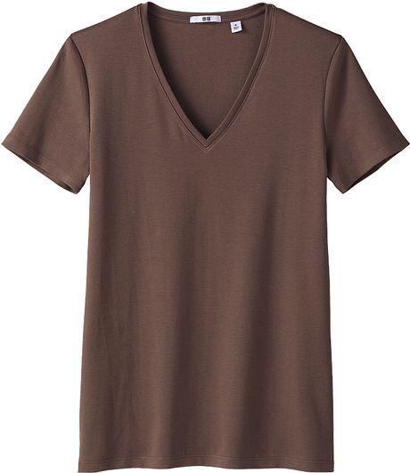 Uniqlo premium cotton v neck short sleeve t shirt in brown for Uniqlo premium t shirt