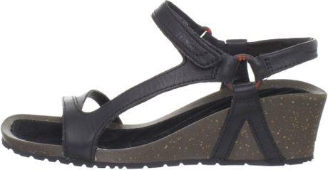 Teva Womens Cabrillo Universal Wedge Sandal In Brown