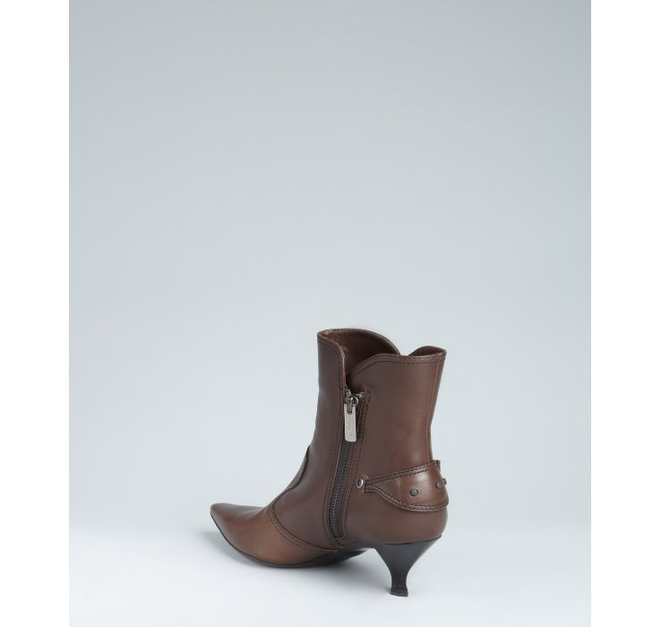 Tod's Coffee Leather Kitten Heel Ankle Boots in Brown | Lyst