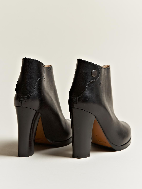 Jil Sander  Diana Hermes Calf Boots in Black