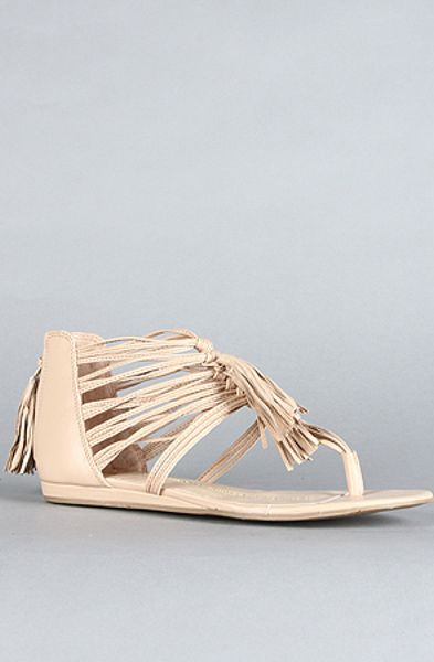 Dv By Dolce Vita The Ilana Sandal in Nude Stella in Beige (nude)
