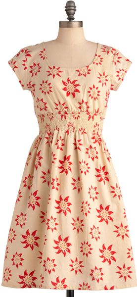Modcloth Chance Of Sunshowers Dress in Beige (red)