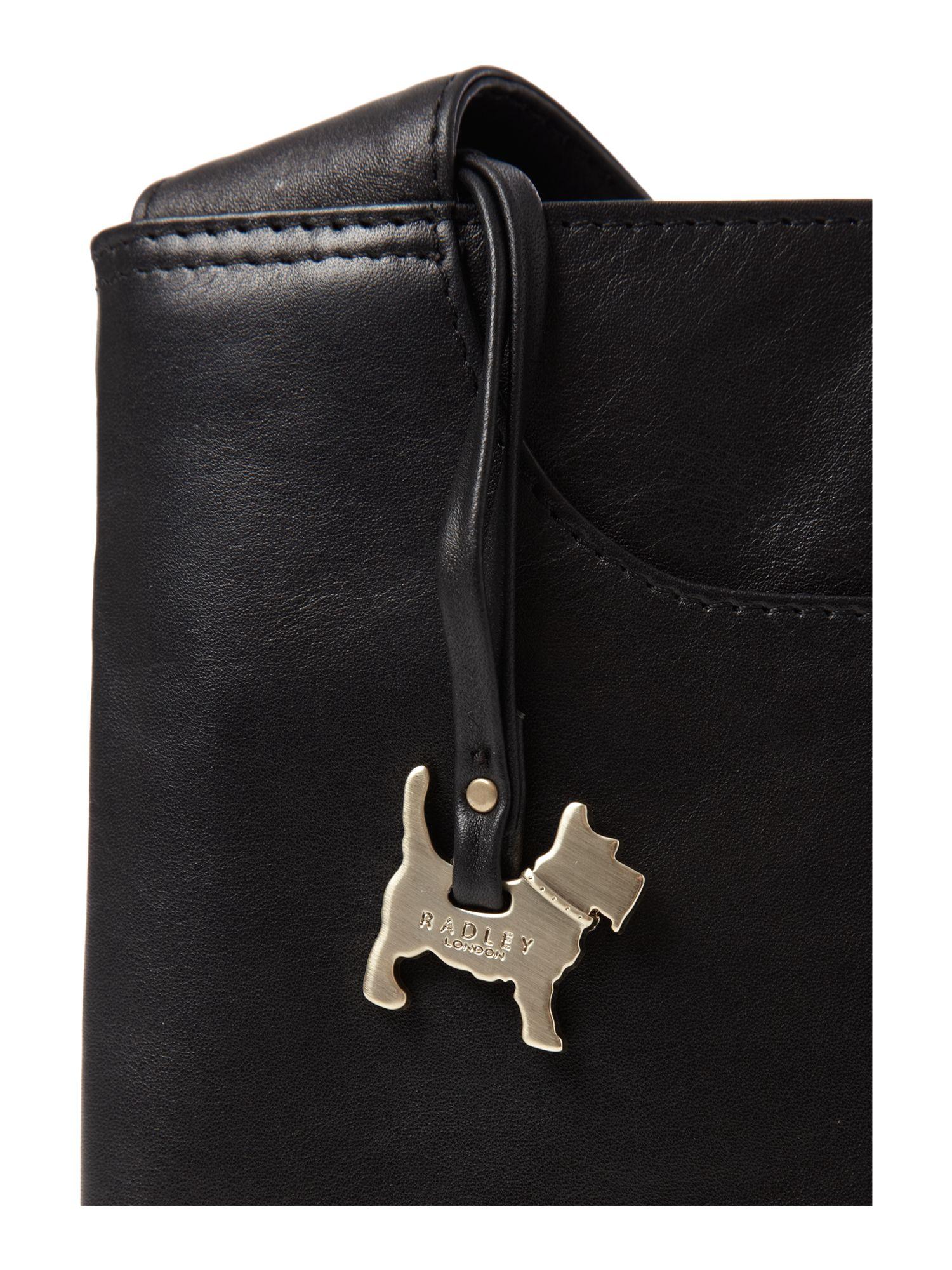 Radley Pocket Bag Small Cross Body Bag in Black