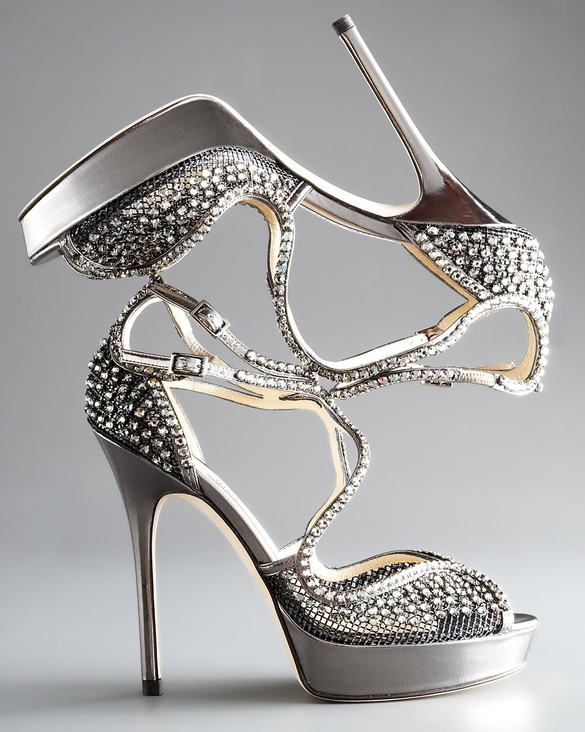2f4063a352961 Welcome Back Carrie Bradshaw And Crystal Embellished Shoes