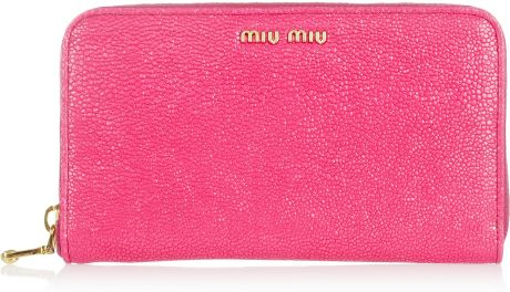 Miu Miu Stringrayeffect Leather Wallet in Pink