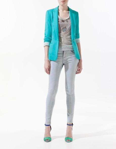 Did you scroll all this way to get facts about turquoise jacket? Well you're in luck, because here they come. There are turquoise jacket for sale on Etsy, and they cost $ on average. The most common turquoise jacket material is metal. The most popular color? You guessed it: blue.