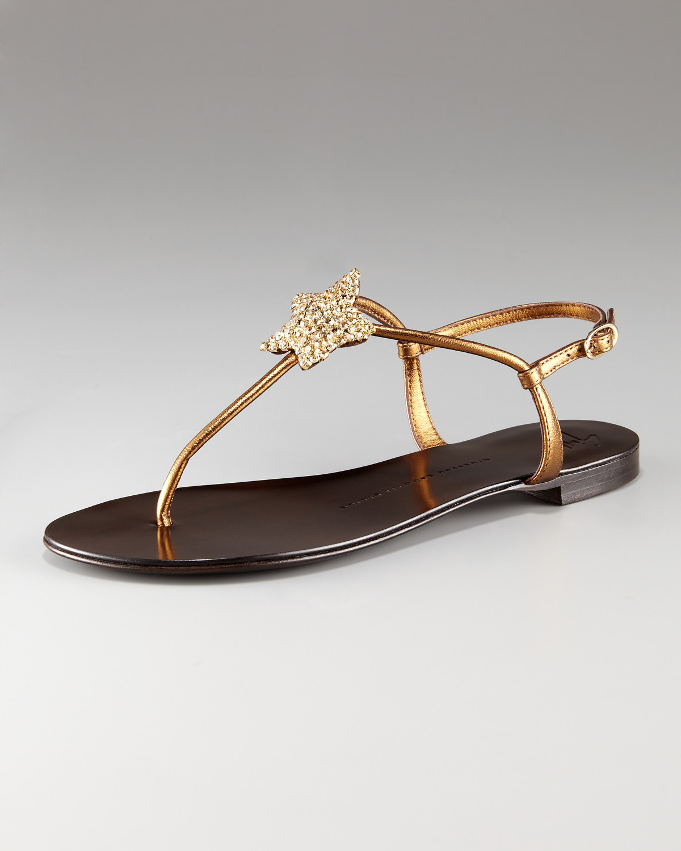 lyst giuseppe zanotti flat crystal star t strap sandal in metallic rh lyst com
