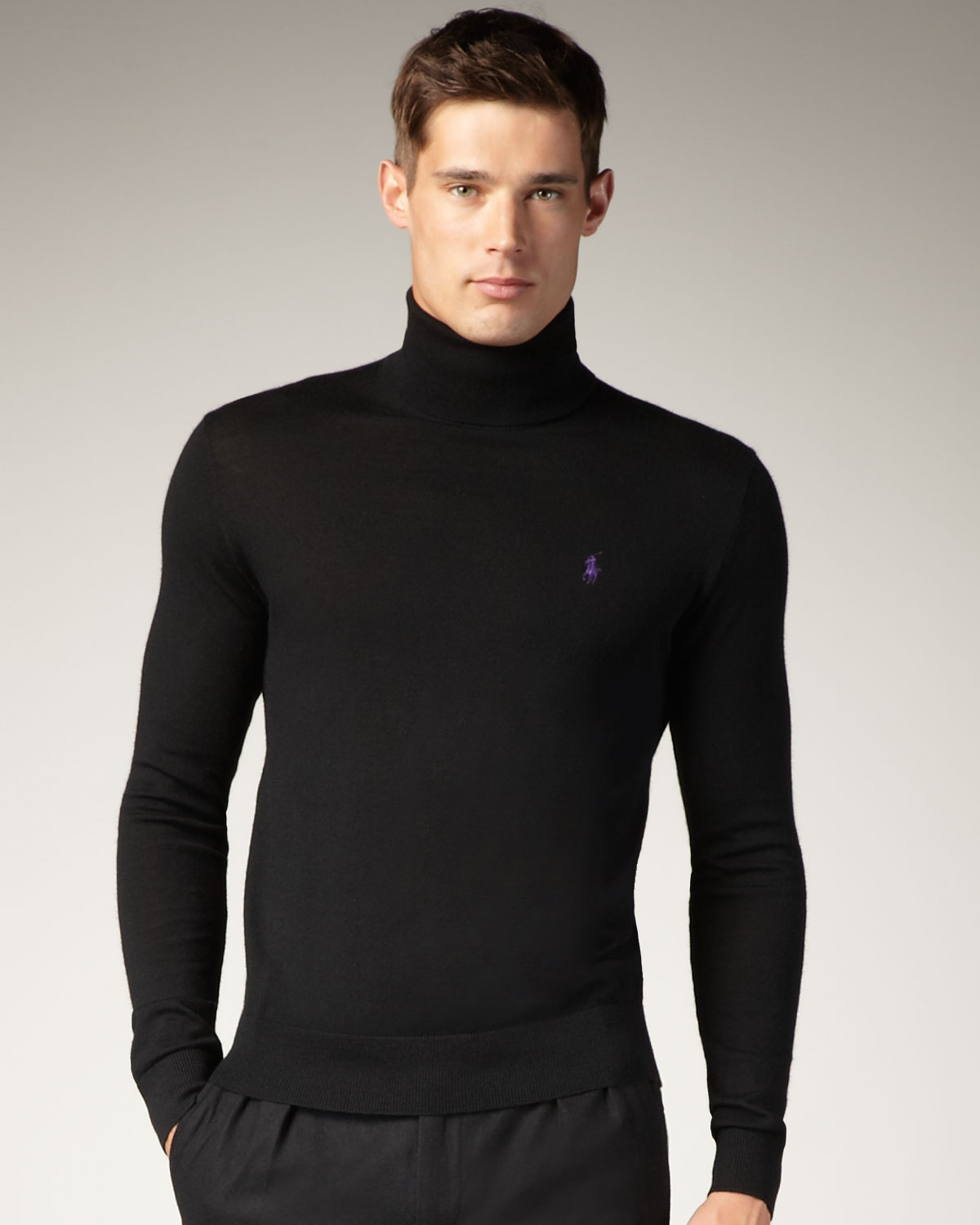 Men's Turtlenecks & Men's Mock-Turtlenecks at ganjamoney.tk Customers and testers alike rave about the softness, comfort and durability of ganjamoney.tk's Men's Turtlenecks. Our Men's turtlenecks and Men's mock-turtlenecks are made with premium wrinkle-resistant cotton that keeps it shape, and they're stitched to hold fast, wash after wash.