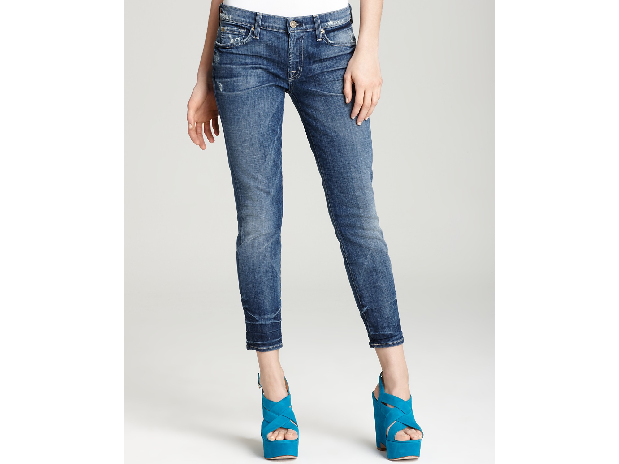 Ash 7 For All Mankind Jeans Gwenevere Crop Jeans in Grinded Medium ...
